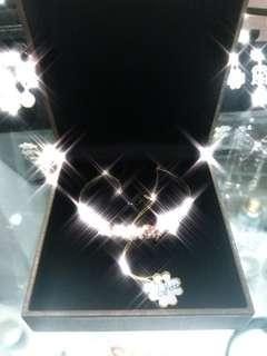 蝴蝶造型鑽石手鐲