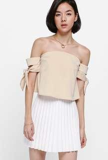bnwt love bonito neloda knotted off shoulder top
