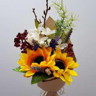 [Gorgeous af.] $13 only. <3 in stock> Artificial Sunflower with matching flowers bouquet with real dried lavender and wheat.