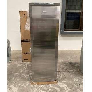 280L Non frost vertical freezer 1415K68493