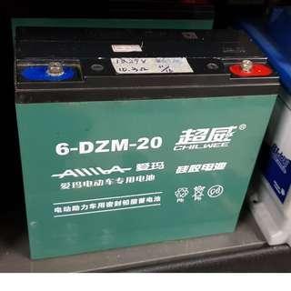 (二手中古電池) 超威 NP20-12 DZM20 電動機車 電動車電池 UPS不斷電系統 數值漂亮,品項優