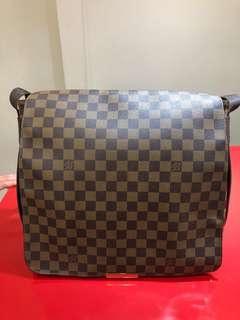 🚚 Louis Vuitton 側背包