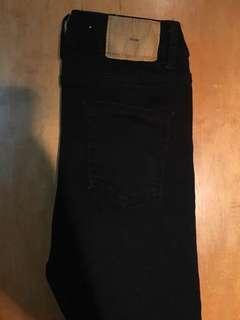 挺版純黑褲