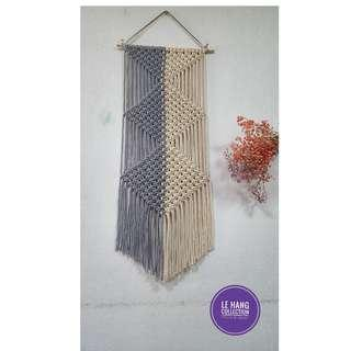 🚚 🍀Grey + Beige Macrame Wall Hanging🍀