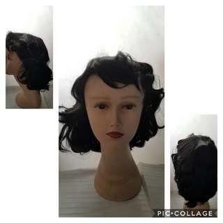 黑色短假髮 Black short curls wig