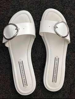 Zara white sandals with buckle size 37