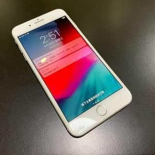 【售】iPhone 8 Plus 64GB 銀色