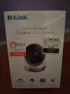🚚 Brand new D-link full hd 180-degree outdoor WiFi camera