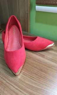 Chili red flats - best to go with your chinese wedding dresses!