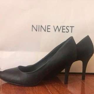 Black formal pump heels #SwapAU
