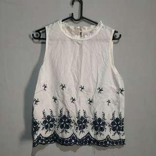 White top flowery (no defect)