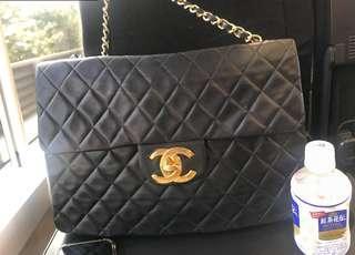 🈹85🆕Chanel 黑金single flap Maxi Jumbo 😍超大容量 非常好裝野👍🏼*not LV Hermès Gucci Fendi Dior Chole