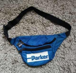 PARKER the pouch