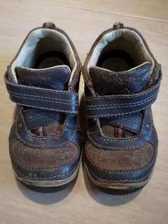 Preloved Stride rite Boy leather shoes US 7/ UK6.5/ EU 23.5