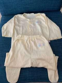 Preloved Long-Sleeves Baby YELLOW PJ set (0-3 months)