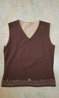 🚚 Ladies sleeveless brown top