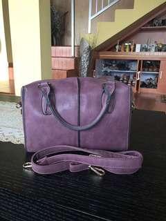 tas ungu