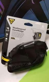 Topeak Weatherproof Dynawedge 防水破風尾袋