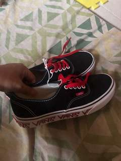 4410d3bb46 2 days ago · Vans shoes