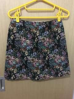 Gu 碎花短裙