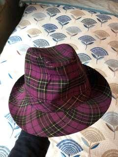 Men's hat (purple checked)