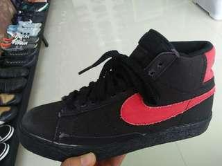Nike Blazer Black Reda