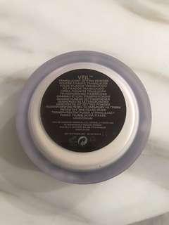 Hourglass Mineral Veil loose powder