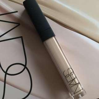 NARS Radiant Creamy Concealer L2.4#