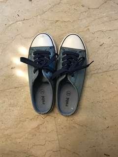 🚚 Rubi Shoes