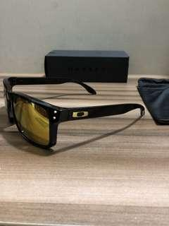 BNIB Authentic Oakley Holbrook Asia Fit