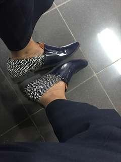 Pointy Blue shoes