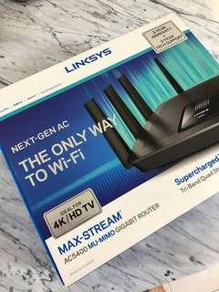 LINKSYS EA9500 ( Super mint condition)