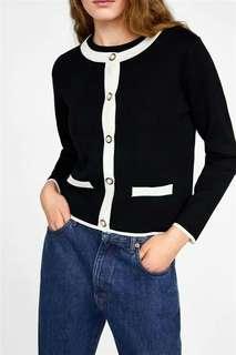 Pearl buckle knit jacket