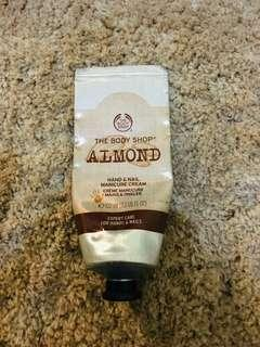 The body shop hand cream #mudikhemat