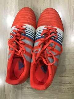 🚚 Adidas