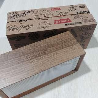 Levis 木箱 藍牙 喇叭 (全新)