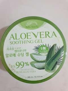 🚚 Aloe Vera Soothing Gel