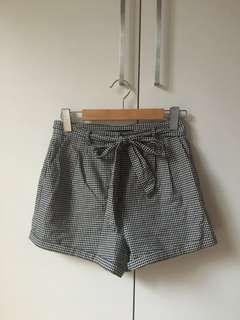 Sportsgirl gingham high waisted shorts 8