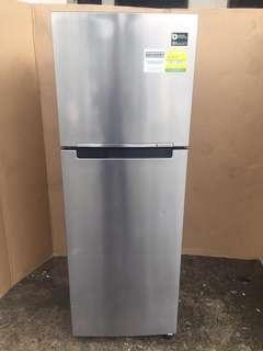 Samsung fridge 2dr 321L $250
