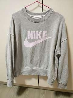 Nike韓 大學T