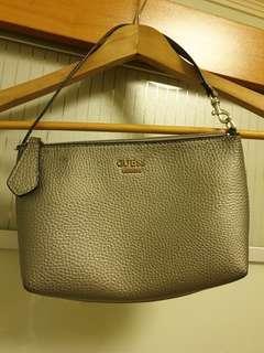 🚚 Guess grey sling bag