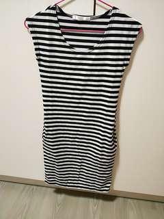 🚚 條紋修身洋裝