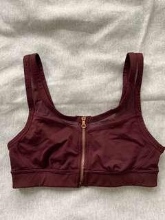 Lululemon sports bra size 4 *Never worn