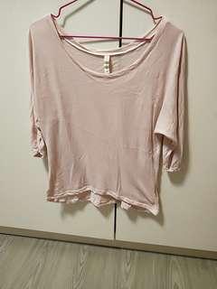 粉色棉質上衣