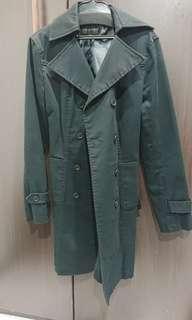 🚚 二手極新轉賣日本專櫃品牌正品jill stuart黑色風衣外套