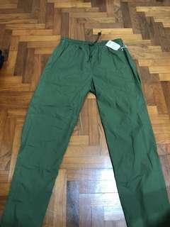 🚚 green straigh cut relax pants