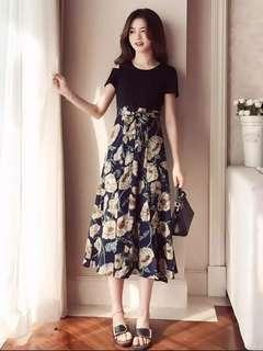 🚚 BN Floral Bottom Slit Maxi Dress