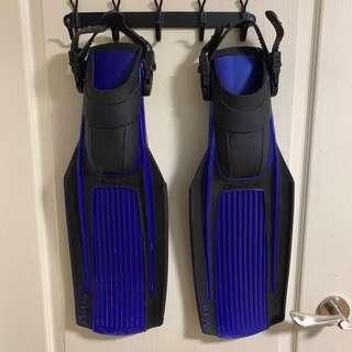 Technisub Stratos fins flippers - Size Small
