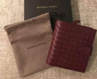 👍👍👍保證全新正品Bottega Venata BV 小羊皮酒紅色短夾 皮夾