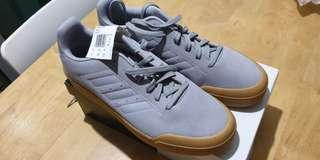 🚚 New Adidas Court 70S Men's Shoes US10